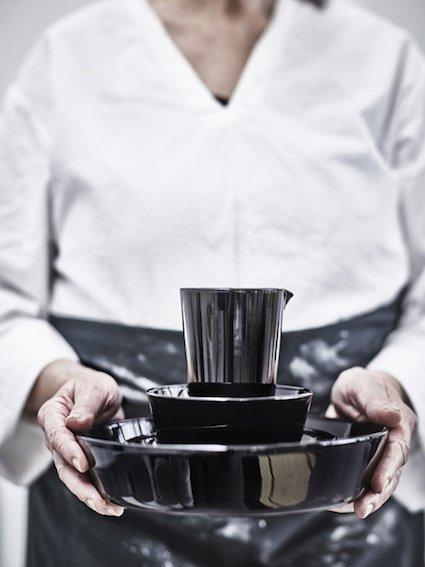 11_ikea_viktigt_2016_collection_black_ceramics_jpg_6795_north_499x_white