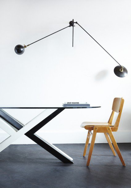 ldn_in_room_table_lamp_chair-2